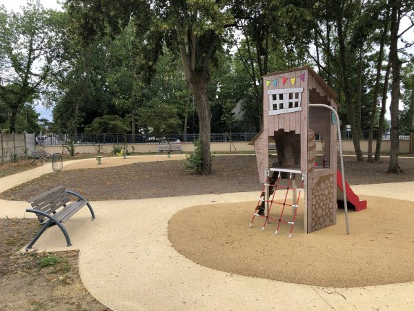 Aire de jeux pour enfants KA12 1002 V29 Beauchamp Rond point de la chasse 95 scaled
