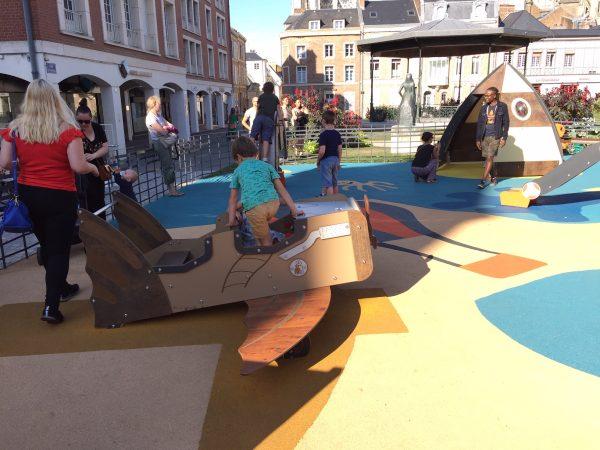 Structure de jeu gamme véhicule pour aire de jeux Square Jules Boquet Amiens