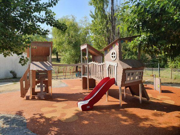 Structure extérieure de jeux KA 09 3001 école Rosa Parks PRIVAS scaled