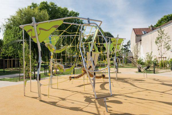structure de jeux ext rieurs giga gi 28 2001 j parc public le blanc mesnil 3